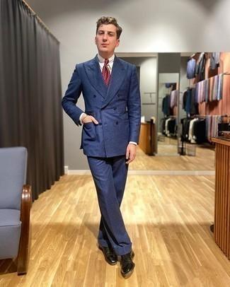 Schwarze Leder Oxford Schuhe kombinieren – 500+ Herren Outfits: Entscheiden Sie sich für einen dunkelblauen vertikal gestreiften Anzug und ein weißes Businesshemd für einen stilvollen, eleganten Look. Komplettieren Sie Ihr Outfit mit schwarzen Leder Oxford Schuhen.