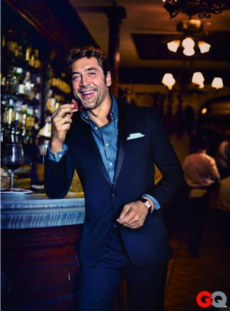 Anzug dunkelblauer langarmhemd blaues einstecktuch weisses large 24