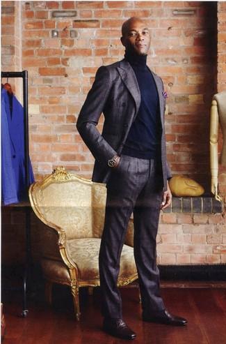 Anzug dunkelgrauer rollkragenpullover dunkelblauer slipper dunkelrote large 21993
