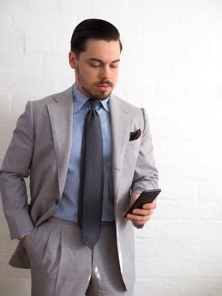 Machen Sie sich mit einem blauen vertikal gestreiften businesshemd und  einem grauen anzug einen verfeinerten, 5236d797a1