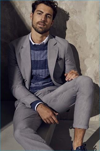63d610413ae3 Herrenmode › Herrenmode der 30er Jahre Erwägen Sie das Tragen von einem  grauen Anzug und einem dunkelblauen horizontal gestreiften Pullover mit  einem
