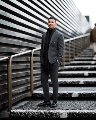 schwarzer Pullover von Calvin Klein
