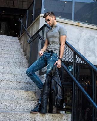 Schwarzen geflochtenen Ledergürtel kombinieren: Eine schwarze Leder Bikerjacke und ein schwarzer geflochtener Ledergürtel sind eine großartige Outfit-Formel für Ihre Sammlung. Heben Sie dieses Ensemble mit einer schwarzen Lederfreizeitstiefeln hervor.