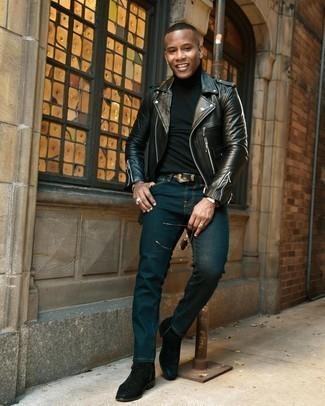 20 Jährige: Schwarzen Rollkragenpullover kombinieren – 277 Herren Outfits: Kombinieren Sie einen schwarzen Rollkragenpullover mit dunkeltürkisen Jeans für einen bequemen Alltags-Look. Fühlen Sie sich mutig? Wählen Sie schwarzen Chelsea Boots aus Wildleder.