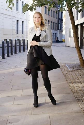 Schwarzes kleid im winter kombinieren