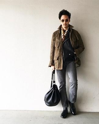 Graue Jeans kombinieren – 500+ Herren Outfits: Kombinieren Sie eine schwarze Leder Bikerjacke mit grauen Jeans, um mühelos alles zu meistern, was auch immer der Tag bringen mag. Fühlen Sie sich ideenreich? Wählen Sie schwarzen Chelsea Boots aus Leder.