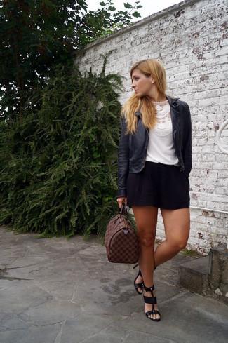 schwarze Shorts von Marc Jacobs