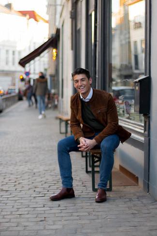 Braune Wildleder Bomberjacke kombinieren – 159 Herren Outfits: Tragen Sie eine braune Wildleder Bomberjacke und dunkelblauen Jeans für ein großartiges Wochenend-Outfit. Fühlen Sie sich ideenreich? Wählen Sie dunkelbraunen Chelsea Boots aus Leder.