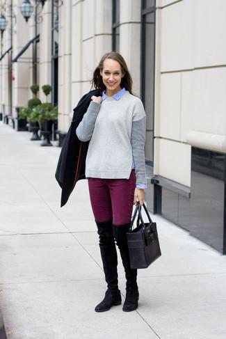 Schwarze Cabanjacke, Grauer Pullover mit Rundhalsausschnitt, Blaues Businesshemd mit Vichy-Muster, Lila Enge Jeans für Damen