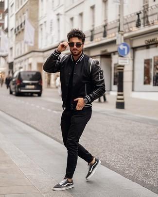 schwarze Jacke von Brandit