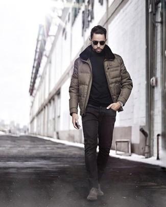Jacke kombinieren: trends 2020: Vereinigen Sie eine Jacke mit schwarzen Jeans für Drinks nach der Arbeit. Fühlen Sie sich mutig? Entscheiden Sie sich für dunkelbraunen Chelsea Boots aus Wildleder.