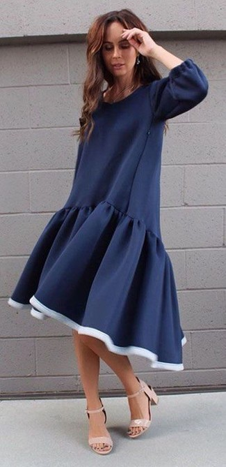 a30f0f0733e1a2 Welche schuhe passen zum dunkelblauen kleid – Teure Abendkleider