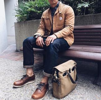 Dunkelblaues und grünes Langarmhemd mit Schottenmuster kombinieren – 246 Herren Outfits: Erwägen Sie das Tragen von einem dunkelblauen und grünen Langarmhemd mit Schottenmuster und dunkelblauen Jeans, um mühelos alles zu meistern, was auch immer der Tag bringen mag. Fühlen Sie sich mutig? Komplettieren Sie Ihr Outfit mit braunen Leder Derby Schuhen.