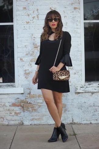 schwarzes gerade geschnittenes Kleid aus Seide von Givenchy