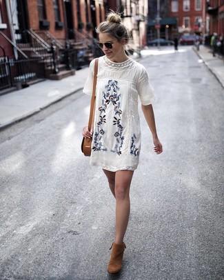 Besticktes Kleid Damenmode