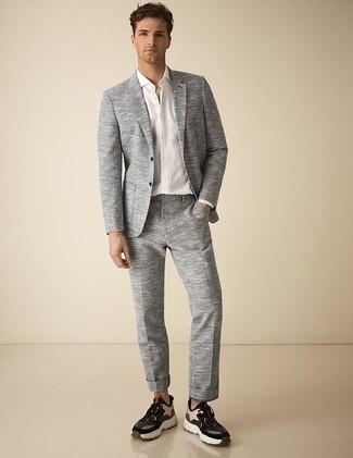 Mehrfarbige Sportschuhe kombinieren: trends 2020: Etwas Einfaches wie die Wahl von einem grauen Anzug und einem weißen Businesshemd kann Sie von der Menge abheben. Fühlen Sie sich mutig? Vervollständigen Sie Ihr Outfit mit mehrfarbigen Sportschuhen.