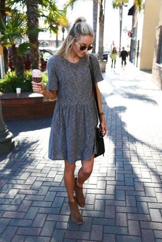 Blaues Kleid Braune Stiefel Teure Kleider 2018