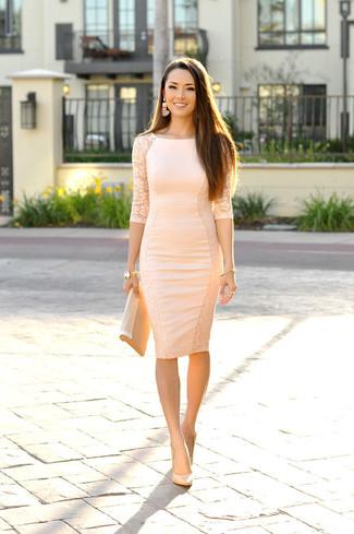 Kleid beige figurbetont