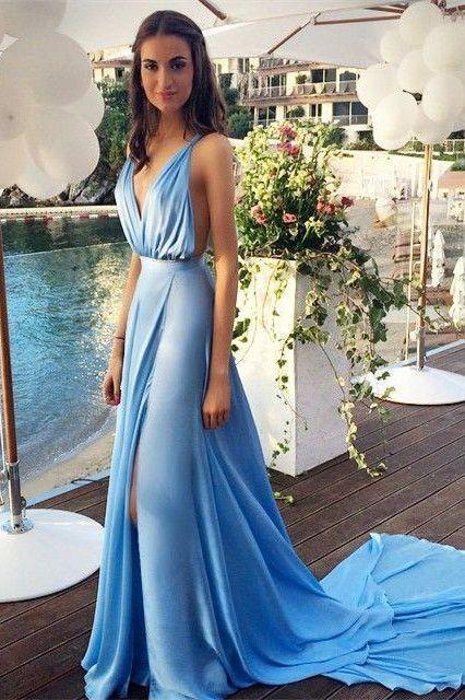 Kleid hellblau kombinieren