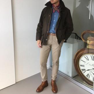 Bandana kombinieren – 675+ Herren Outfits: Tragen Sie eine dunkelbraune Jacke mit einer Kentkragen und Knöpfen und einen Bandana für einen entspannten Wochenend-Look. Fühlen Sie sich mutig? Ergänzen Sie Ihr Outfit mit einer braunen Lederfreizeitstiefeln.
