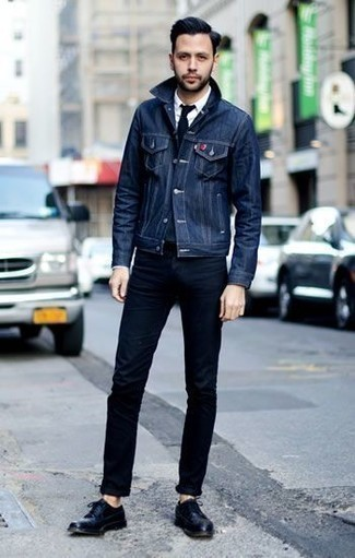 dunkelblaue Jacke von Giesswein