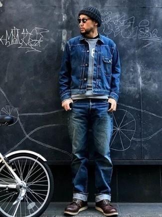 Welche Jeansjacken mit dunkelroter Freizeitstiefel zu tragen – 12 Herren Outfits: Kombinieren Sie eine Jeansjacke mit blauen Jeans für ein Alltagsoutfit, das Charakter und Persönlichkeit ausstrahlt. Fühlen Sie sich mutig? Entscheiden Sie sich für eine dunkelrote Freizeitstiefel.