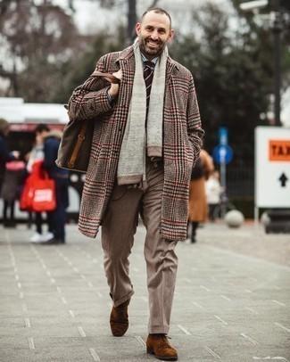 Elegante kühl Wetter Outfits Herren 2020: Tragen Sie ein weißes und dunkelblaues vertikal gestreiftes Businesshemd, um vor Klasse und Perfektion zu strotzen.