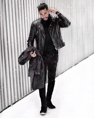 Jacke kombinieren: trends 2020: Entscheiden Sie sich für eine Jacke und schwarzen Jeans, um mühelos alles zu meistern, was auch immer der Tag bringen mag. Ergänzen Sie Ihr Outfit mit schwarzen Chelsea Boots aus Wildleder, um Ihr Modebewusstsein zu zeigen.