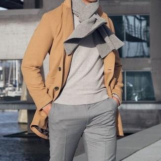 grauer Pullover von Volcom