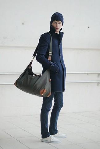 dunkelblauer Mantel von Holland & Holland