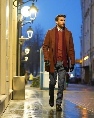 Schwarze Lederhandschuhe kombinieren – 239 Herren Outfits: Ein brauner Mantel und schwarze Lederhandschuhe sind das Outfit Ihrer Wahl für faule Tage. Wählen Sie schwarzen Chelsea Boots aus Leder, um Ihr Modebewusstsein zu zeigen.