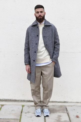 hellbeige Pullover mit einem Rundhalsausschnitt von New Look