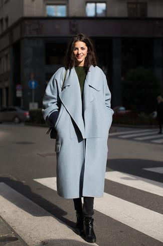 Olivgrünen Pullover mit einem Rundhalsausschnitt kombinieren – 42 Damen Outfits: Tragen Sie einen olivgrünen Pullover mit einem Rundhalsausschnitt und schwarzen enge Jeans, umein frischen Alltags-Outfit zu schaffen, der im Kleiderschrank der Frau nicht fehlen darf. Vervollständigen Sie Ihr Look mit schwarzen Leder Stiefeletten.