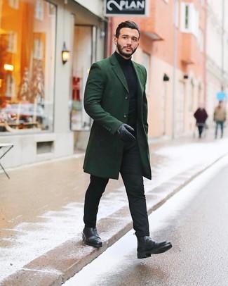 Wie Rollkragenpullover mit Chelsea-Stiefel zu kombinieren: Tragen Sie einen Rollkragenpullover und eine schwarze Chinohose, um mühelos alles zu meistern, was auch immer der Tag bringen mag. Fühlen Sie sich ideenreich? Vervollständigen Sie Ihr Outfit mit Chelsea-Stiefeln.