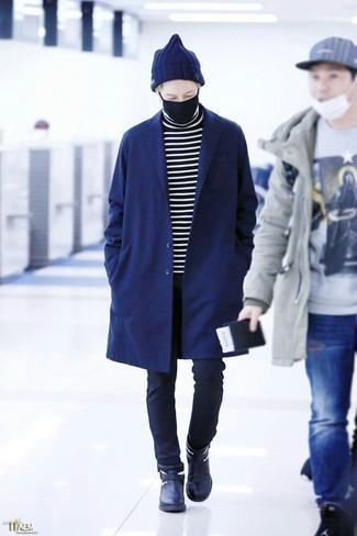 Dunkelblaue Mütze kombinieren: trends 2020: Ein dunkelblauer Mantel und eine dunkelblaue Mütze sind das Outfit Ihrer Wahl für faule Tage. Fühlen Sie sich ideenreich? Entscheiden Sie sich für dunkelblauen Chelsea Boots aus Leder.