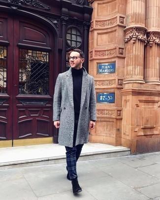 dunkelblauer Pullover von Karl Lagerfeld
