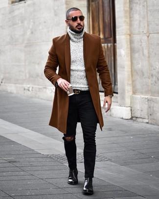 Braunen Mantel kombinieren: trends 2020: Erwägen Sie das Tragen von einem braunen Mantel und schwarzen engen Jeans mit Destroyed-Effekten, um mühelos alles zu meistern, was auch immer der Tag bringen mag. Ergänzen Sie Ihr Outfit mit schwarzen Chelsea-Stiefeln aus Leder, um Ihr Modebewusstsein zu zeigen.