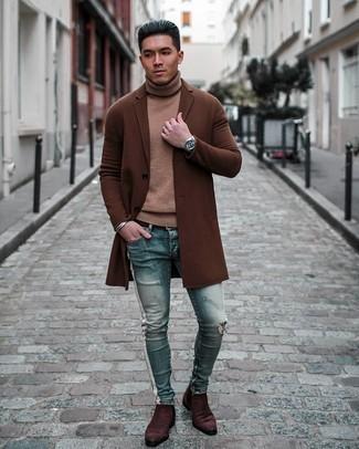 Herren Outfits 2020: Erwägen Sie das Tragen von einem beige Wollrollkragenpullover für ein sonntägliches Mittagessen mit Freunden.