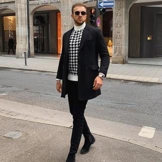 Silberne Uhr kombinieren – 500+ Herren Outfits: Ein schwarzer Mantel und eine silberne Uhr sind das Outfit Ihrer Wahl für faule Tage. Fühlen Sie sich ideenreich? Entscheiden Sie sich für schwarzen Chelsea Boots aus Wildleder.