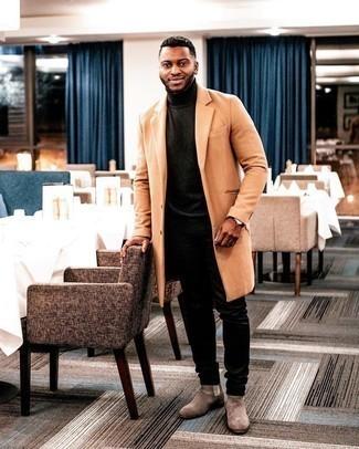 Uhr kombinieren – 500+ Herren Outfits: Kombinieren Sie einen rotbraunen Mantel mit einer Uhr für einen entspannten Wochenend-Look. Entscheiden Sie sich für braunen Chelsea Boots aus Wildleder, um Ihr Modebewusstsein zu zeigen.