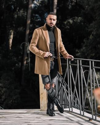 Dunkelgraue Jeans mit Destroyed-Effekten kombinieren: trends 2020: Vereinigen Sie einen camel Mantel mit dunkelgrauen Jeans mit Destroyed-Effekten für ein Alltagsoutfit, das Charakter und Persönlichkeit ausstrahlt. Fühlen Sie sich mutig? Ergänzen Sie Ihr Outfit mit schwarzen Chelsea-Stiefeln aus Leder.