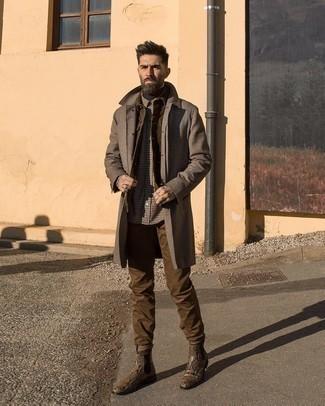 Braune Chinohose kombinieren – 500+ Herren Outfits: Kombinieren Sie einen dunkelbraunen Mantel mit Hahnentritt-Muster mit einer braunen Chinohose für Ihren Bürojob. Fühlen Sie sich mutig? Vervollständigen Sie Ihr Outfit mit braunen Chelsea Boots aus Leder mit Schlangenmuster.