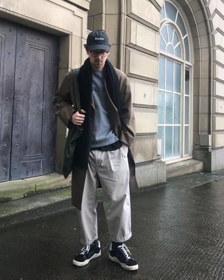 grauer Pullover von Karl Lagerfeld