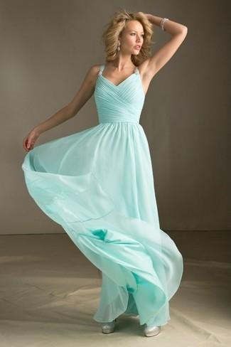 Mintgrünes Ballkleid, Silberne Leder Pumps für Damen   Damenmode