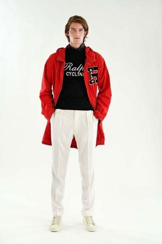 rote Jacke von Freaky Nation