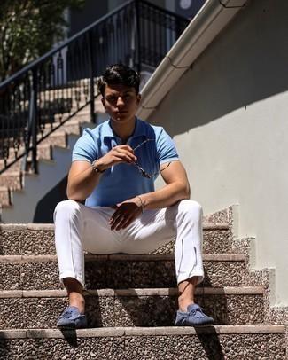 Graues Perlen Armband kombinieren – 153 Herren Outfits: Ein hellblaues Polohemd und ein graues Perlen Armband sind eine perfekte Outfit-Formel für Ihre Sammlung. Fühlen Sie sich ideenreich? Komplettieren Sie Ihr Outfit mit blauen Wildleder Slippern.