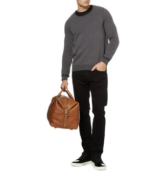 dunkelgrauer Pullover mit einem Rundhalsausschnitt von Fynch Hatton