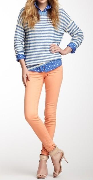 448bf3ea31d9 Wie kombinieren  weißer und blauer horizontal gestreifter Pullover mit  einem Rundhalsausschnitt, blaues gepunktetes Businesshemd