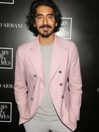 Rosa zweireiher sakko hellbeige t shirt mit einem rundhalsausschnitt hellbeige anzughose large 24841