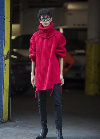 Wie kombinieren: roter Strick Wollrollkragenpullover, schwarze enge Jeans, schwarze Chelsea-Stiefel aus Leder